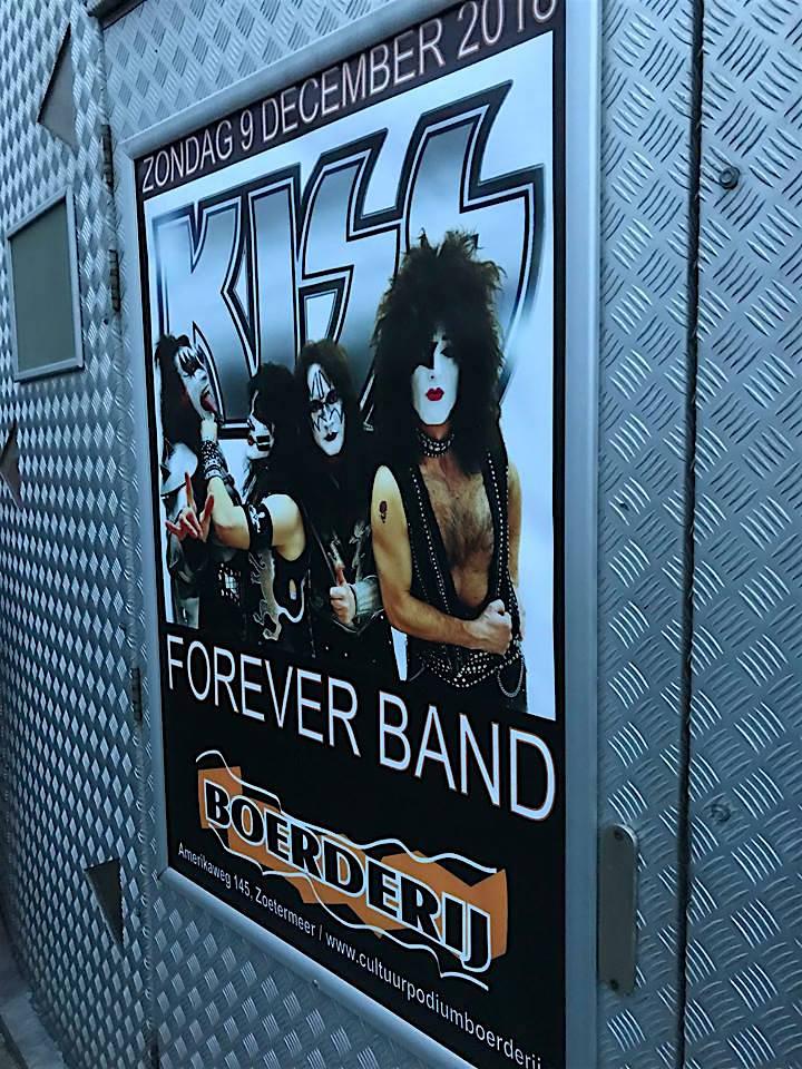 Kiss forever